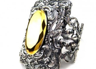 Tom Binns Ring